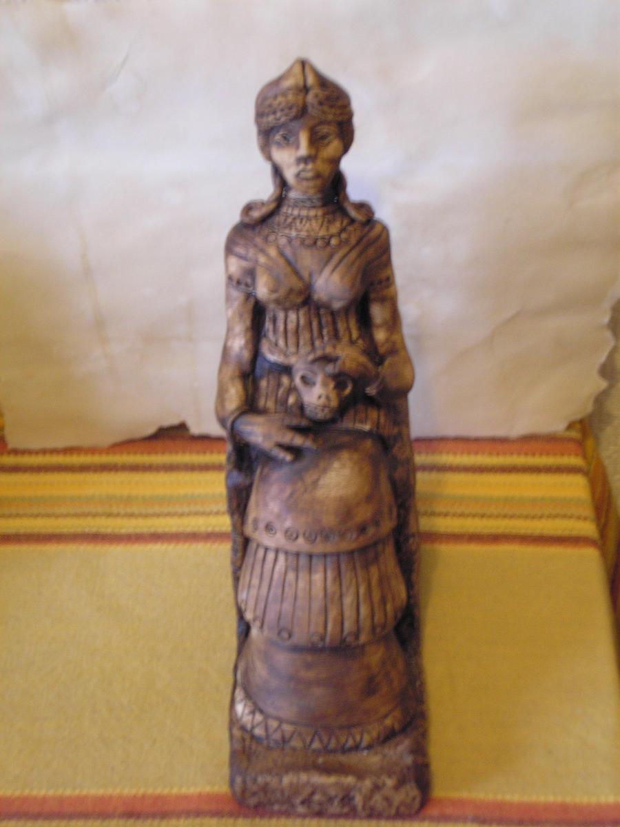 Sumerian clothing women