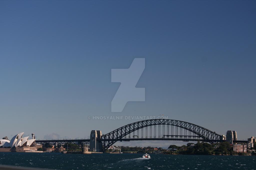 Sydney Harbour by hnosyalnif