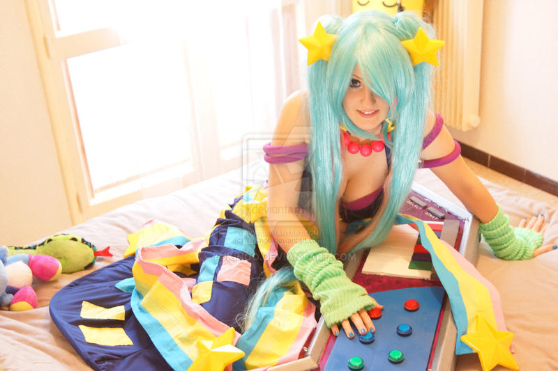 Sona Arcade - League Of Legends by Yukinoo
