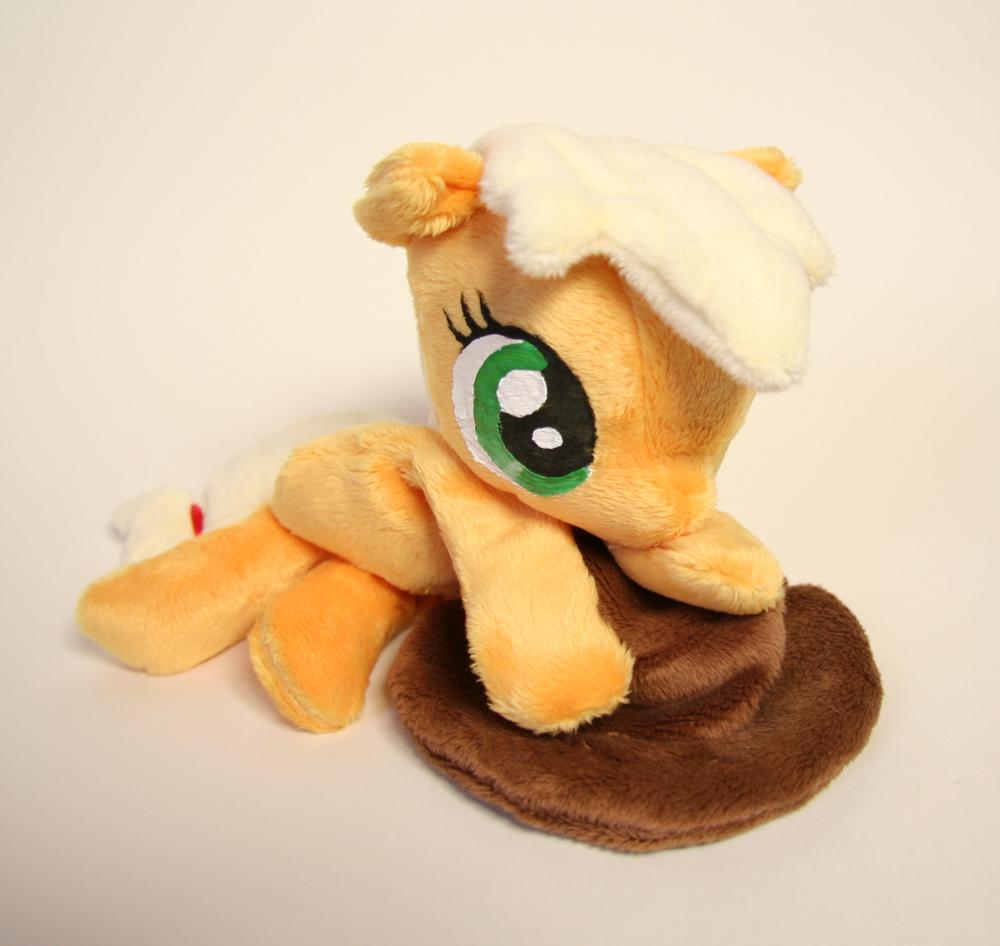 Applejack Beanie by Yukamina-Plushies