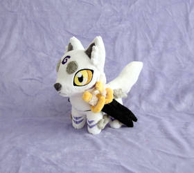 Wolf Chibi by Yukamina-Plushies