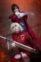 Alucard and Seras Cosplay by Lunatixcosplay