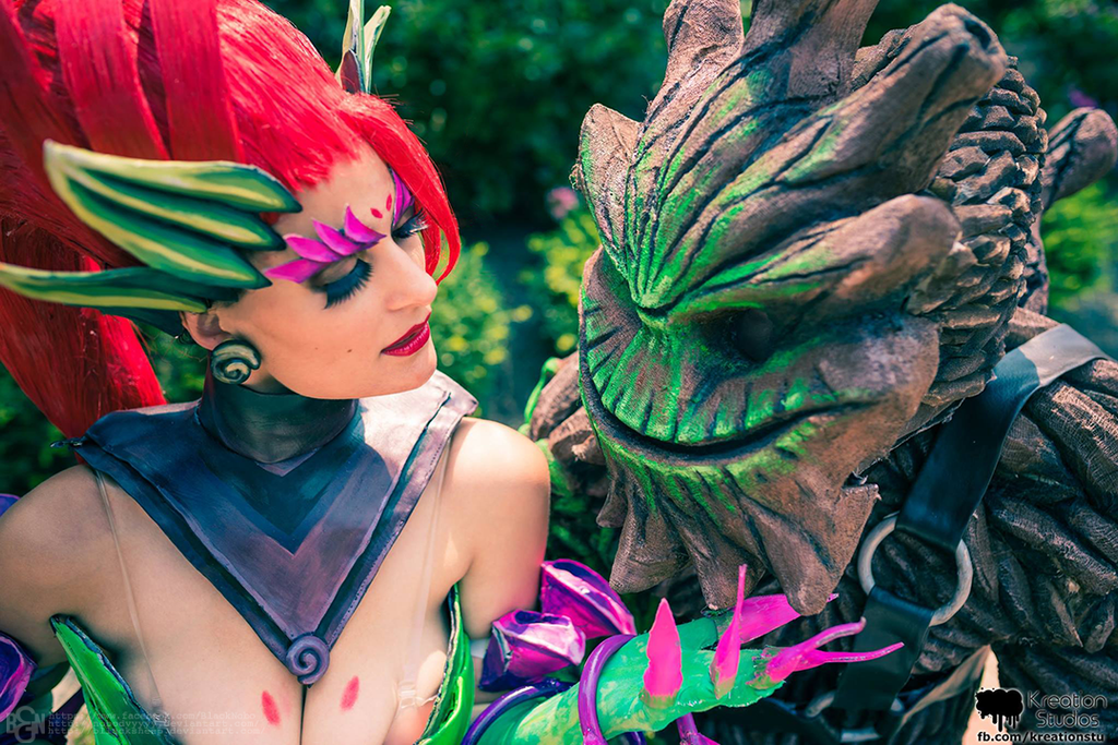 Zyra and Maokai cosplay: The harvest is upon us by Nobodyyyyy