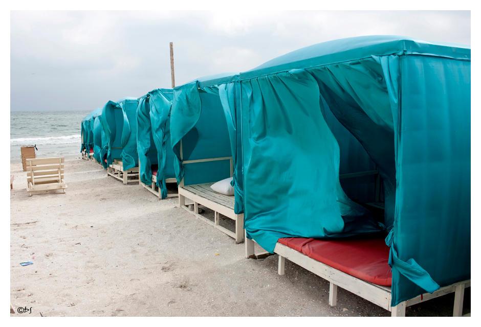Empty Shelter by DanStefan