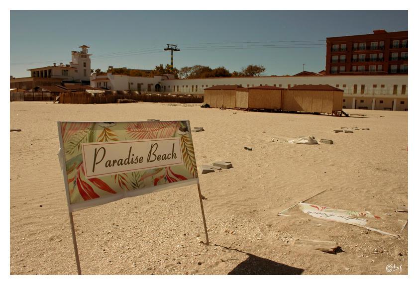 Paradise Beach 18-DS