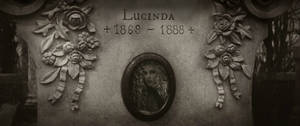 Lucy Westenra's tomb