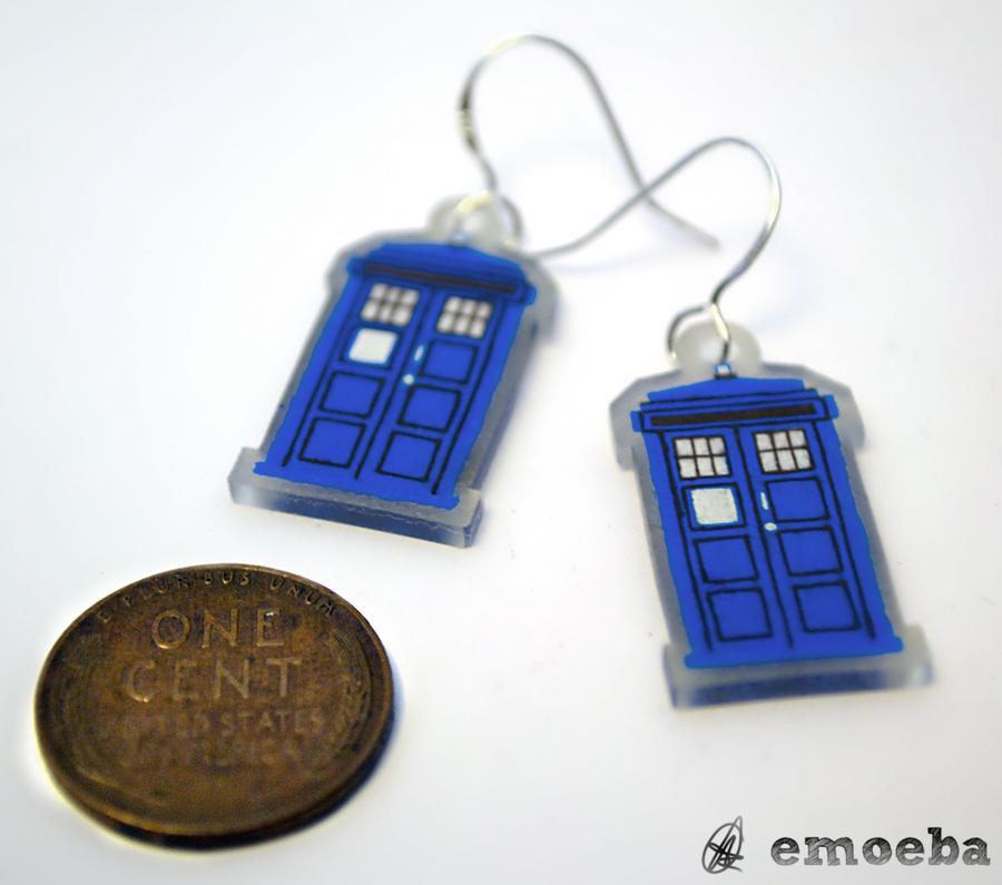 TARDIS Earrings by Emoeba