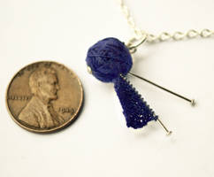 Micro-knitting Necklace by Emoeba