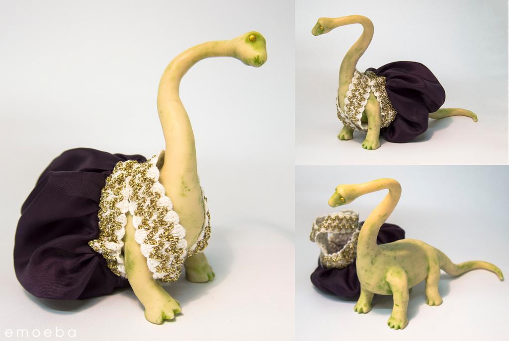 Dapper Dino Concept Model by Emoeba