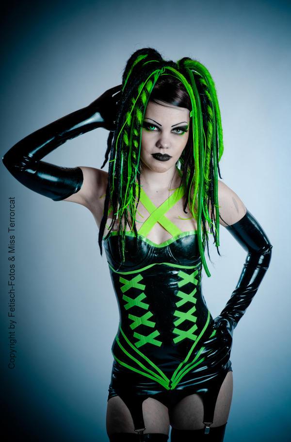 Neongreen Fantasy by THETERRORCAT