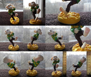 Catch him! [Asriel figure] by Akusuru