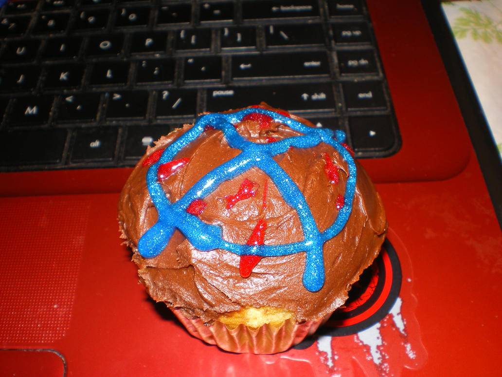 Slenderman Cupcake by Bloodstainedhowl