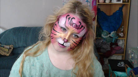 Cute Tiger facepaint by Blueberrystarbubbles