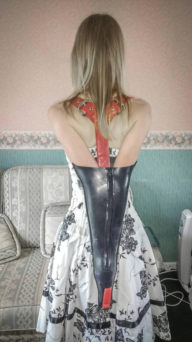 An armbinder afternoon in store.  by Captivekink