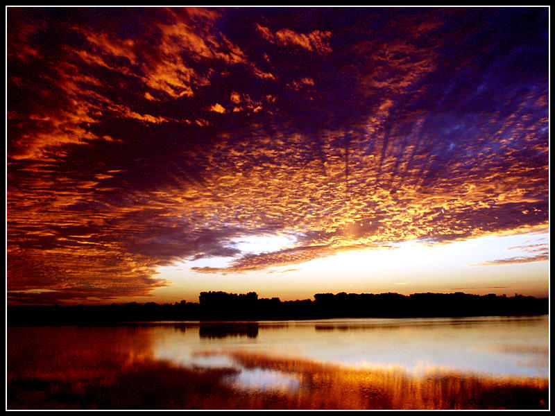 Sunrise At The Lake v3 by tb0mb