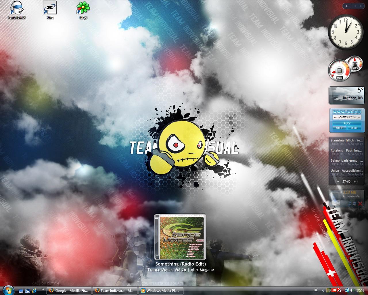 PIIIII's Desktop Screen by Pired1992