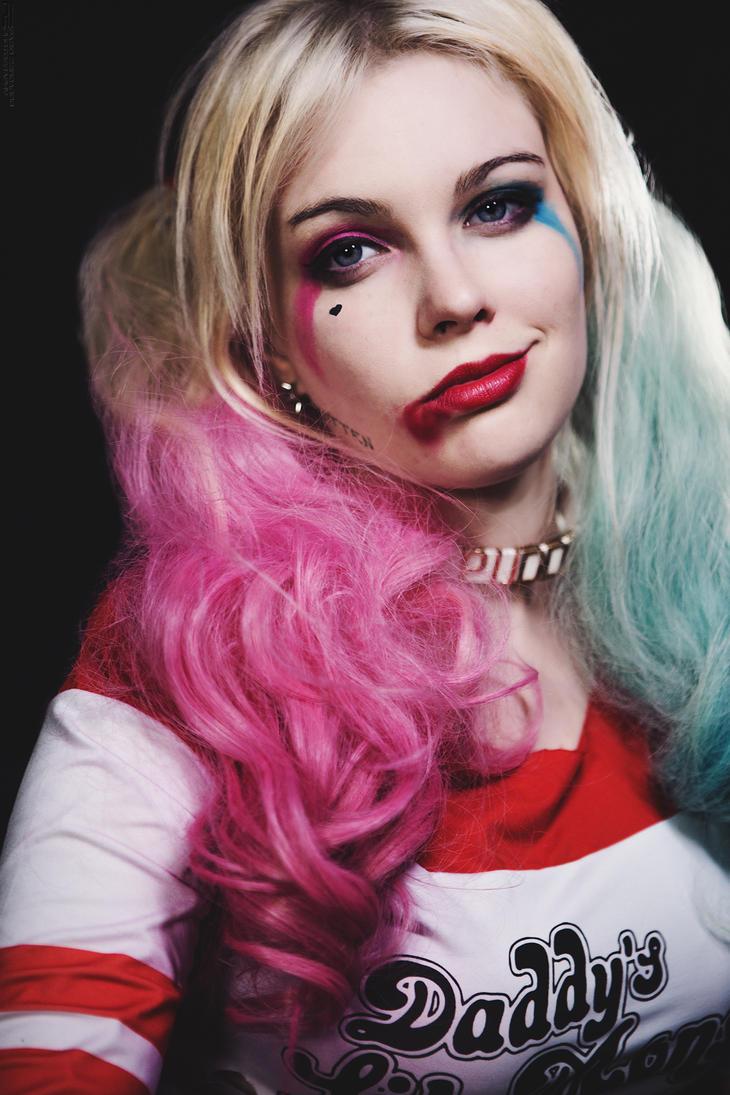 Harley Quinn _57 by FabioZenoardo