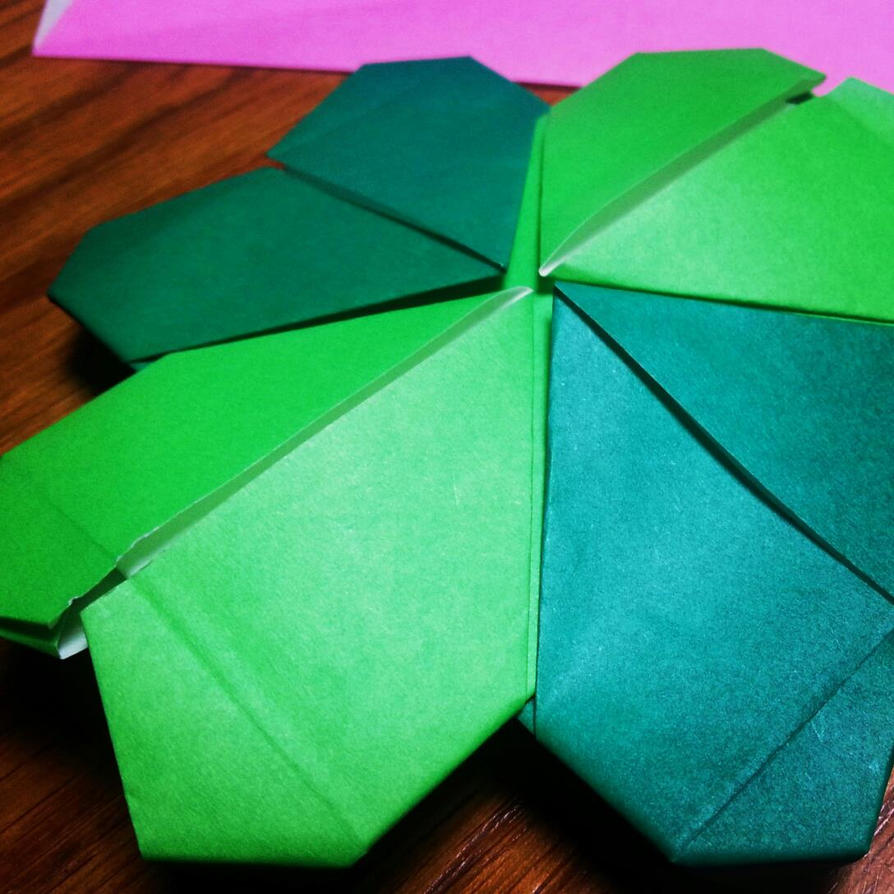 origami four leaf clover by maggiekan on deviantart