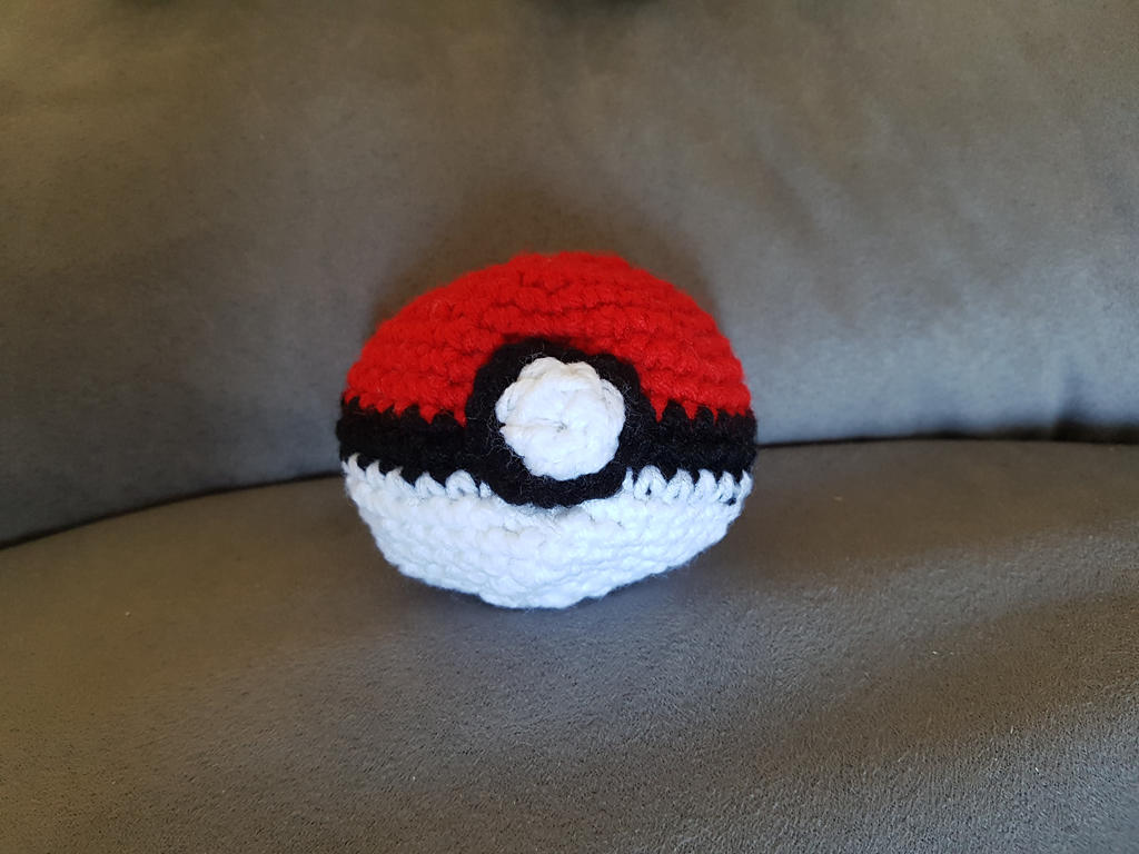 Pokeball by Reisespieces