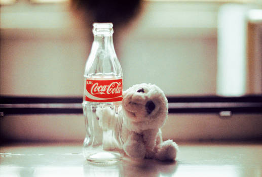 Everybody Loves CocaCola