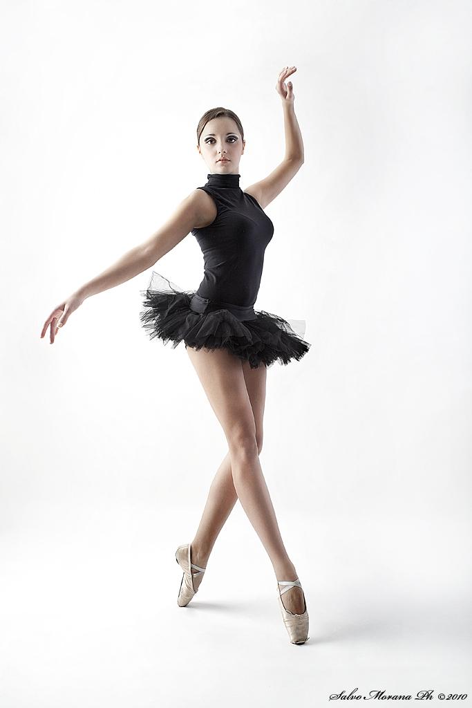 Balerina - Page 3 Les_danseuse_by_salvom-d322ski