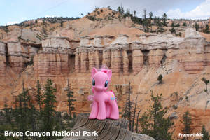 Pinkie Pie visits Bryce Canyon by Framwinkle