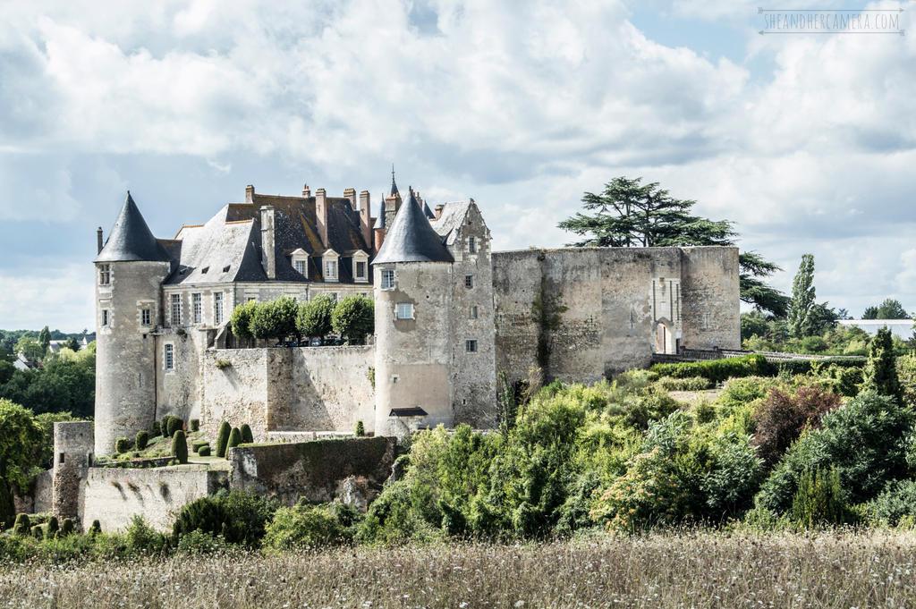 [Mandelsy] Nuylnes, la ville du Ryck Chateau_de_luynes__f__by_fucute_d9f4uci-fullview.jpg?token=eyJ0eXAiOiJKV1QiLCJhbGciOiJIUzI1NiJ9.eyJzdWIiOiJ1cm46YXBwOjdlMGQxODg5ODIyNjQzNzNhNWYwZDQxNWVhMGQyNmUwIiwiaXNzIjoidXJuOmFwcDo3ZTBkMTg4OTgyMjY0MzczYTVmMGQ0MTVlYTBkMjZlMCIsIm9iaiI6W1t7ImhlaWdodCI6Ijw9NjgxIiwicGF0aCI6IlwvZlwvODUzMGExNmItNjBkZS00YjM5LWExODQtMTdkZjFjNGI5NGY0XC9kOWY0dWNpLWEwZGI5M2RiLWM1YjctNDg0Yi05ZGQzLTFlNTA4YTI4YTNlMi5qcGciLCJ3aWR0aCI6Ijw9MTAyNCJ9XV0sImF1ZCI6WyJ1cm46c2VydmljZTppbWFnZS5vcGVyYXRpb25zIl19