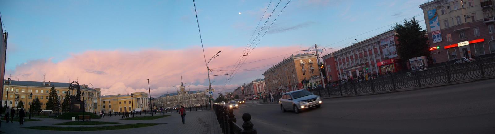 Evening sky by TiElGar