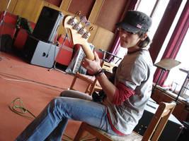 Bass play