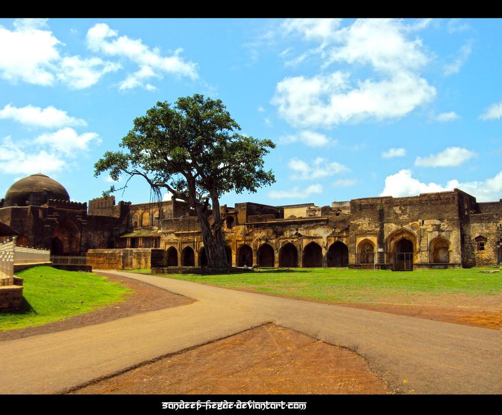 Ruined Fort by sandeep-hegde
