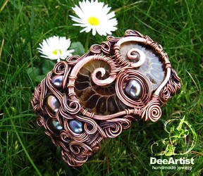 Valentina's Heart Bracelet by DeeArtist321