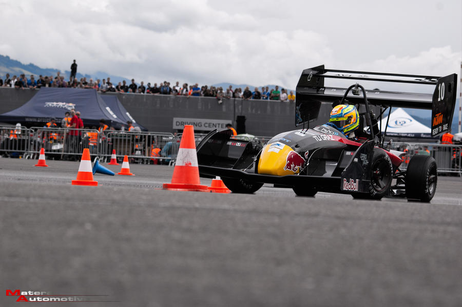 FSA 2014 TU Graz Racing Team by Akwa22