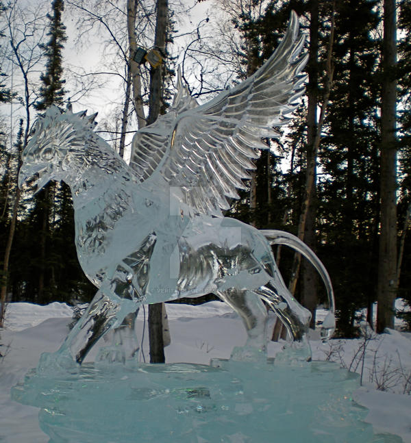 Ice Griffin by veritasBtold