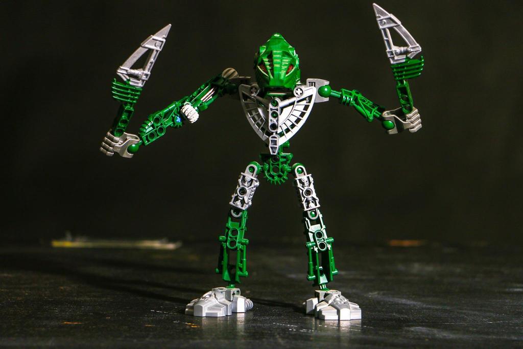 Bionicle - Toa Hordika Matua by Epic-evan
