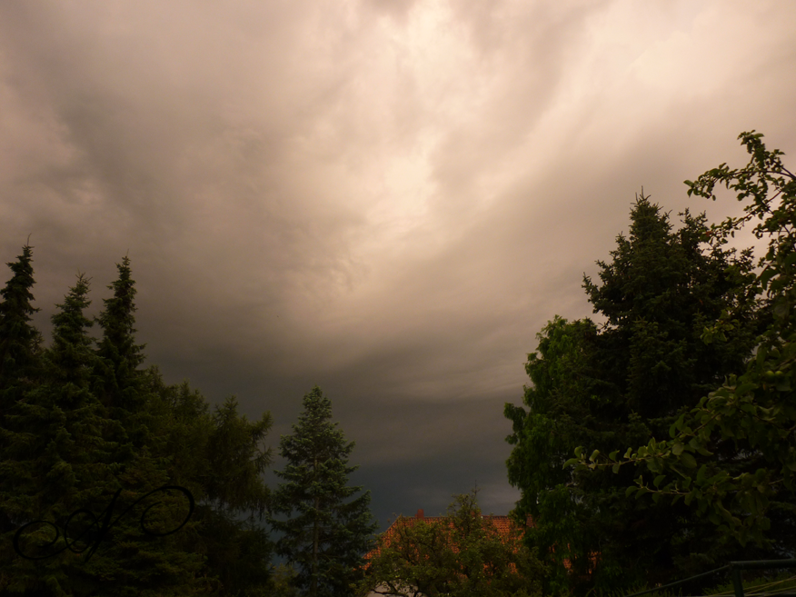 I Love Thunderstorms Because Sometimes Nature Can T Handle The Pressure
