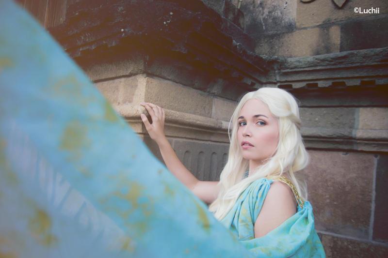 Game Of Thrones - Daenerys Targaryen by luchia-28