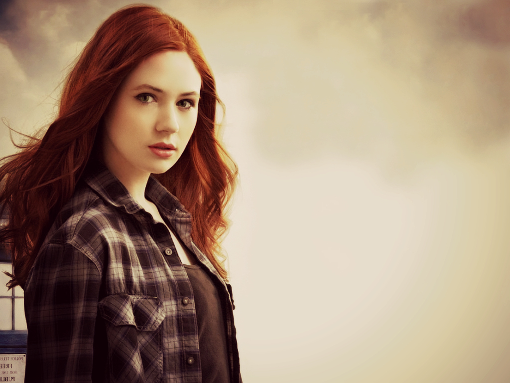 Redhead thread (18+) - Page 2 Amelia_pond_by_eden16-d5gc6jo