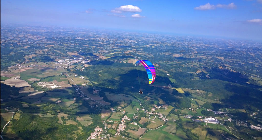 Italy Paragliding Aurora by Hellle