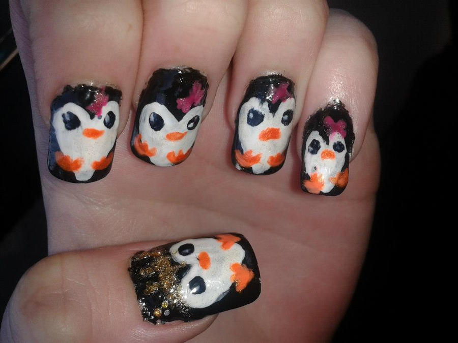 penguin nail art by emiiping