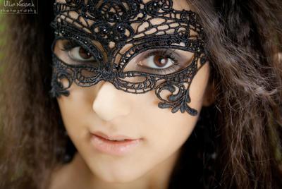 black mask by Juelej