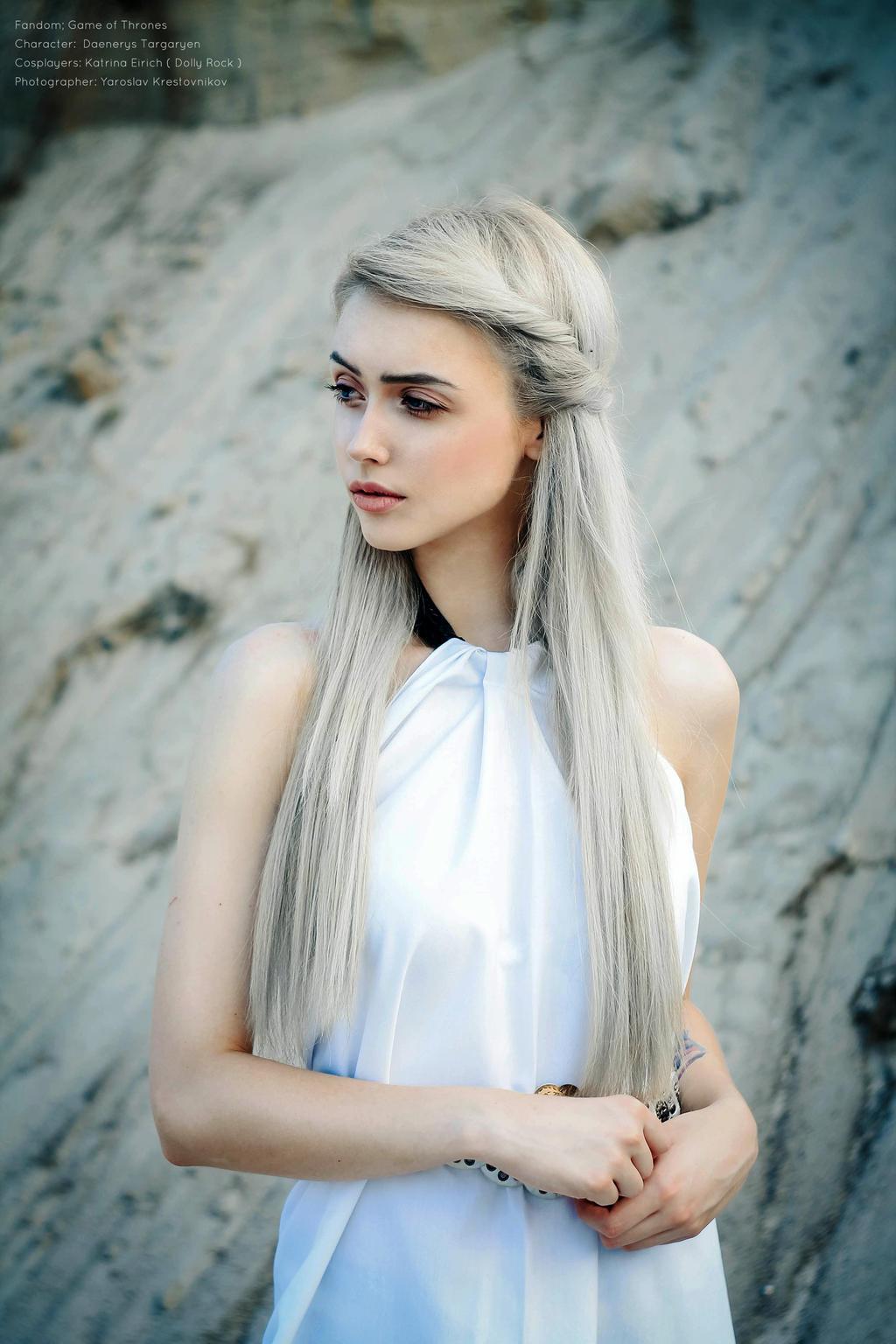 daenerys targaryen cosplay by dollyrock on deviantart. Black Bedroom Furniture Sets. Home Design Ideas