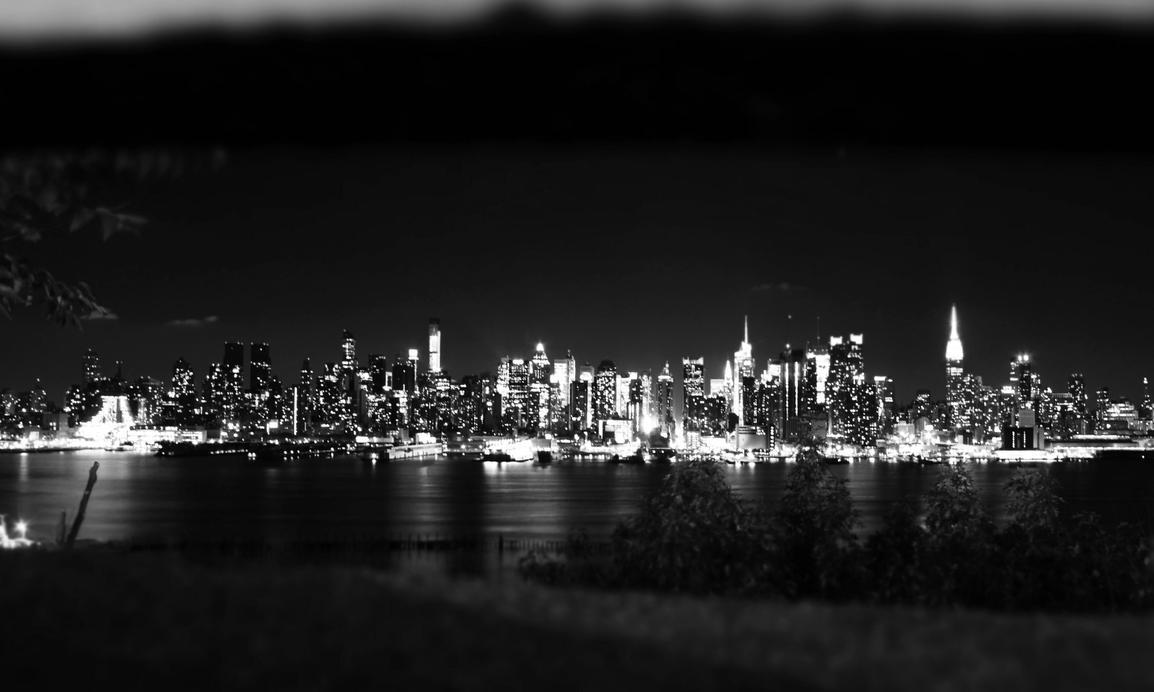 Manhattan Skyline by nasahkalam
