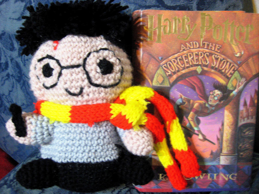 Harry Potter Crochet (Crochet Kits): Amazon.de: Collin, Lucy ... | 677x900