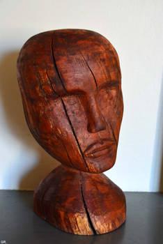 Tete en bois en cormier