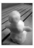 Tiny Snowman by Akrepheus