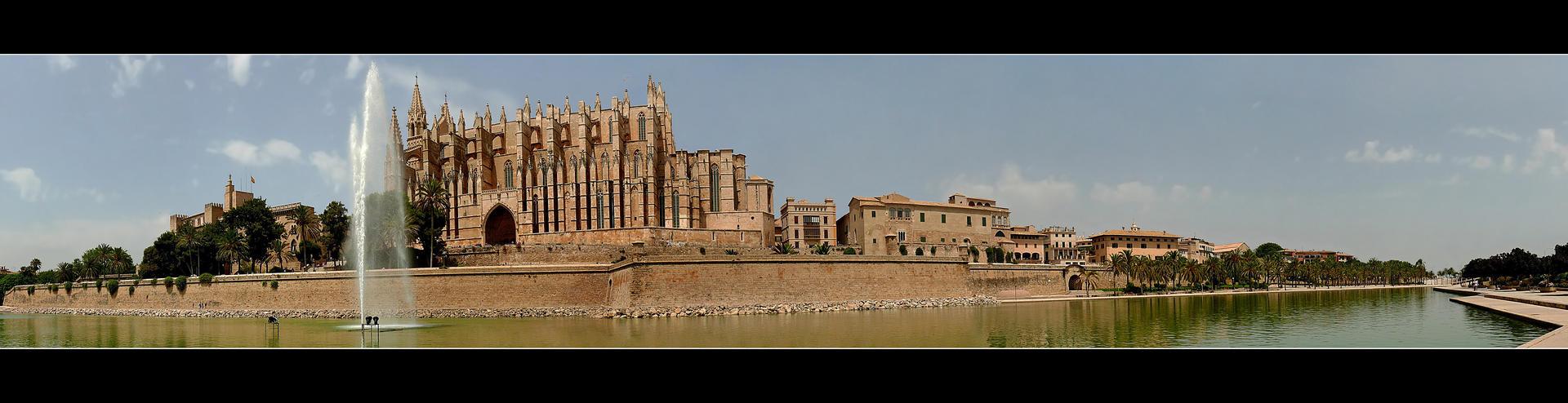 Heart Of Palma City - Mallorca by skarzynscy