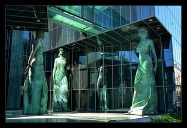 Caryatids From The Supreme Court by skarzynscy