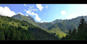 Again In The Mountains ... Panorama