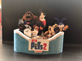 The Secret Life of Pets 2 Standee by FriendshipFan1996