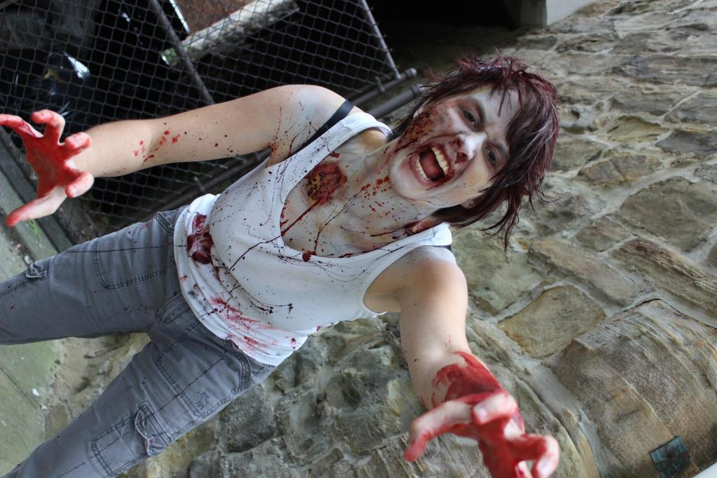 Zombie Selfie by NaomiFlame08